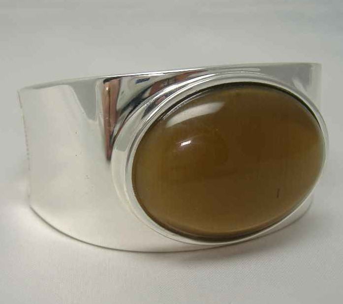 1950s Style Gold Brown Moonglow Glass Silver Wide Clamper Bracelet
