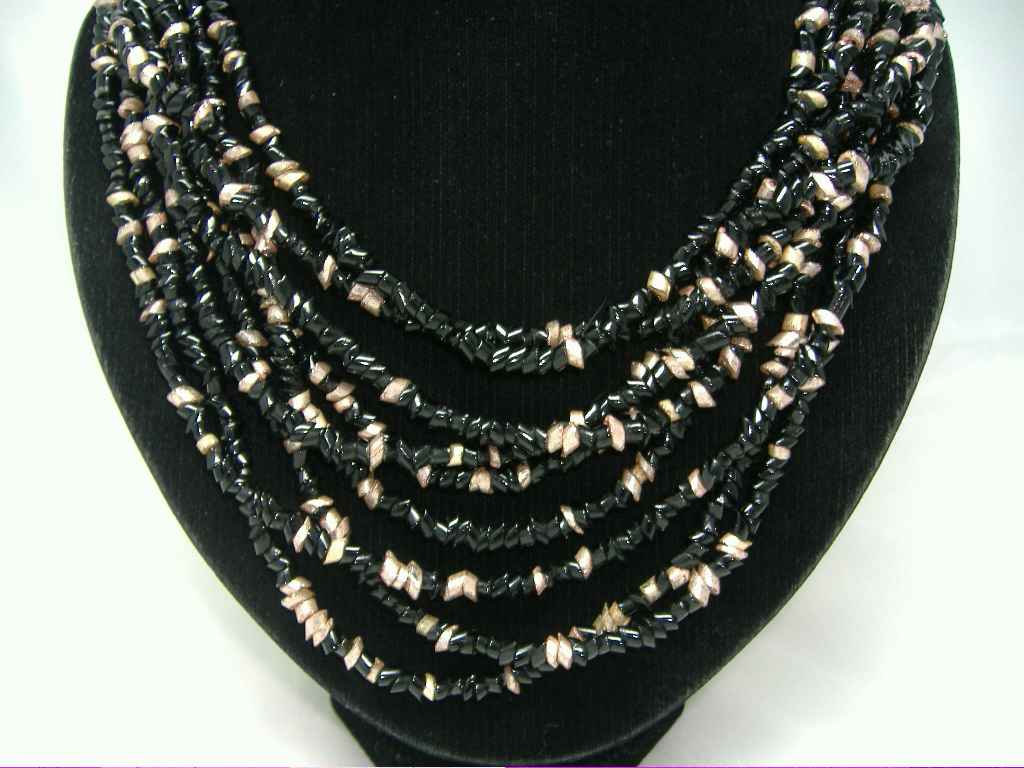 £26.40 - Vintage 50s Fab Black & Gold 9 Row Glass Bead Necklace
